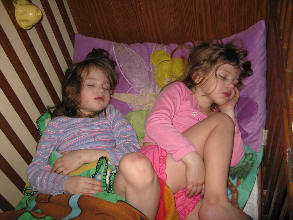How Do You Make Kids Sleep Through The Night (1/2)